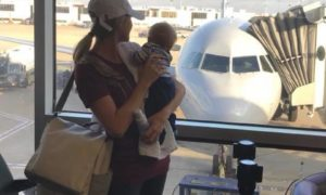 MUST HAVE TIPS for the traveling mom!